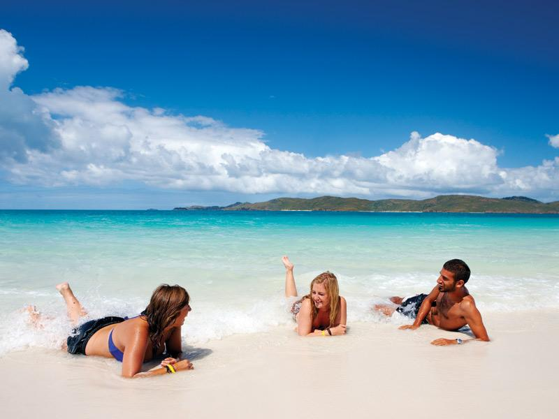 Awesome Whitsundays Cruise Combo Deal: Great Barrier Reef